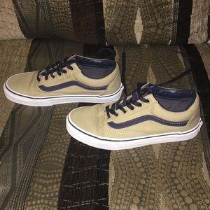 Vans shoes like new